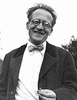 Game of two halves for Schrödinger's Caps